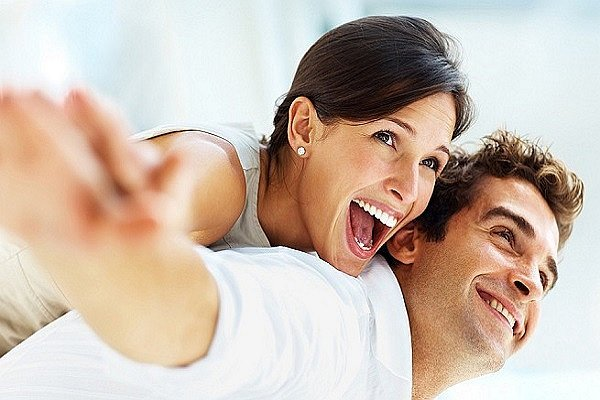 gestos-de-una-pareja-feliz-jpg_626x0